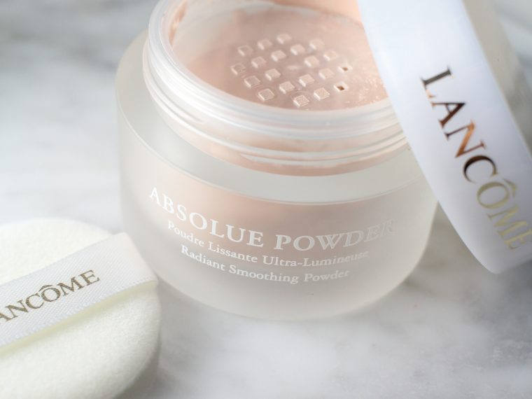 ABSOLUE POWDER Radiant Smoothing Powder in Absolute Pearl