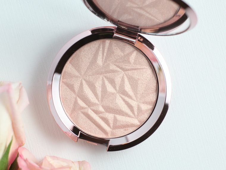 becca-shimmering-skin-perfector-pressed-in-rose-quartz