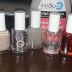 How to Do The Perfect DIY Mani in 6 Easy Steps!