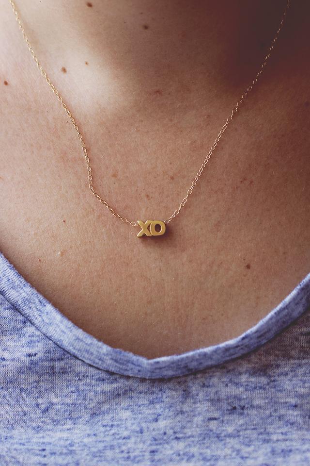 xo necklace 3