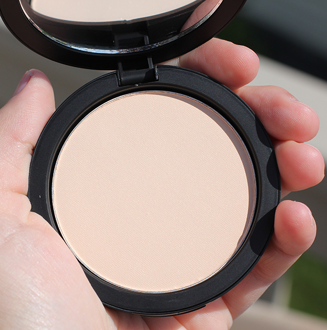 inglot hd powder foundation 2