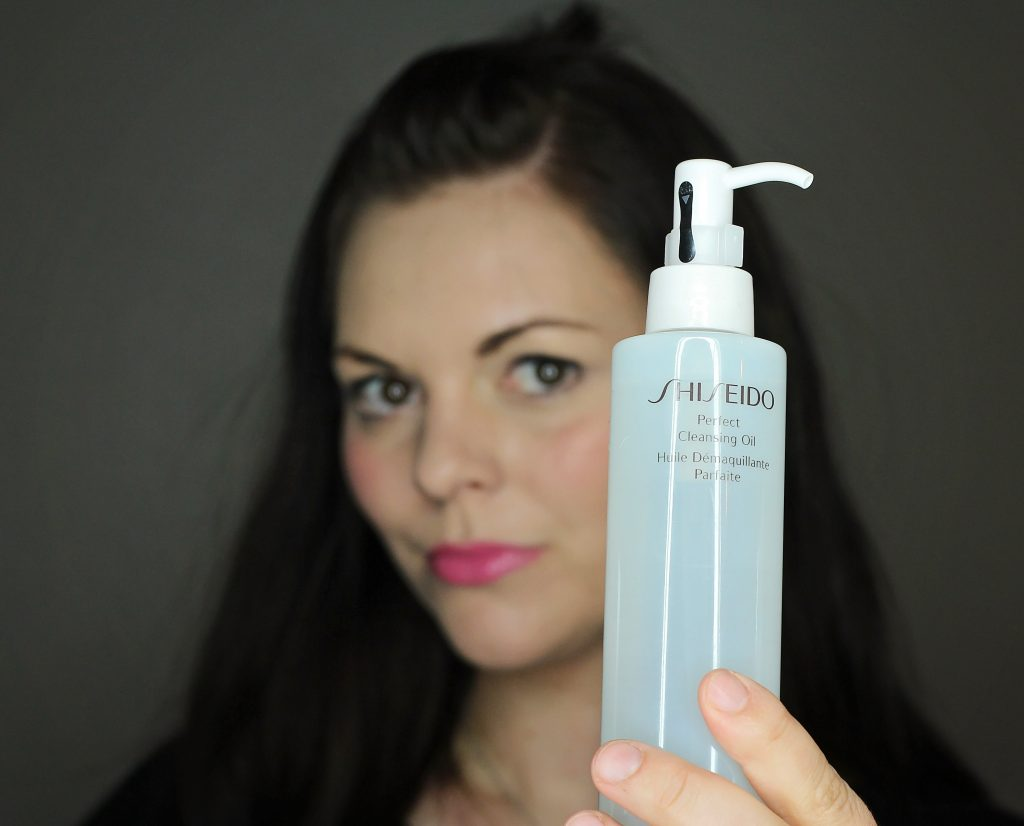shiseido perfect cleansing oil pic