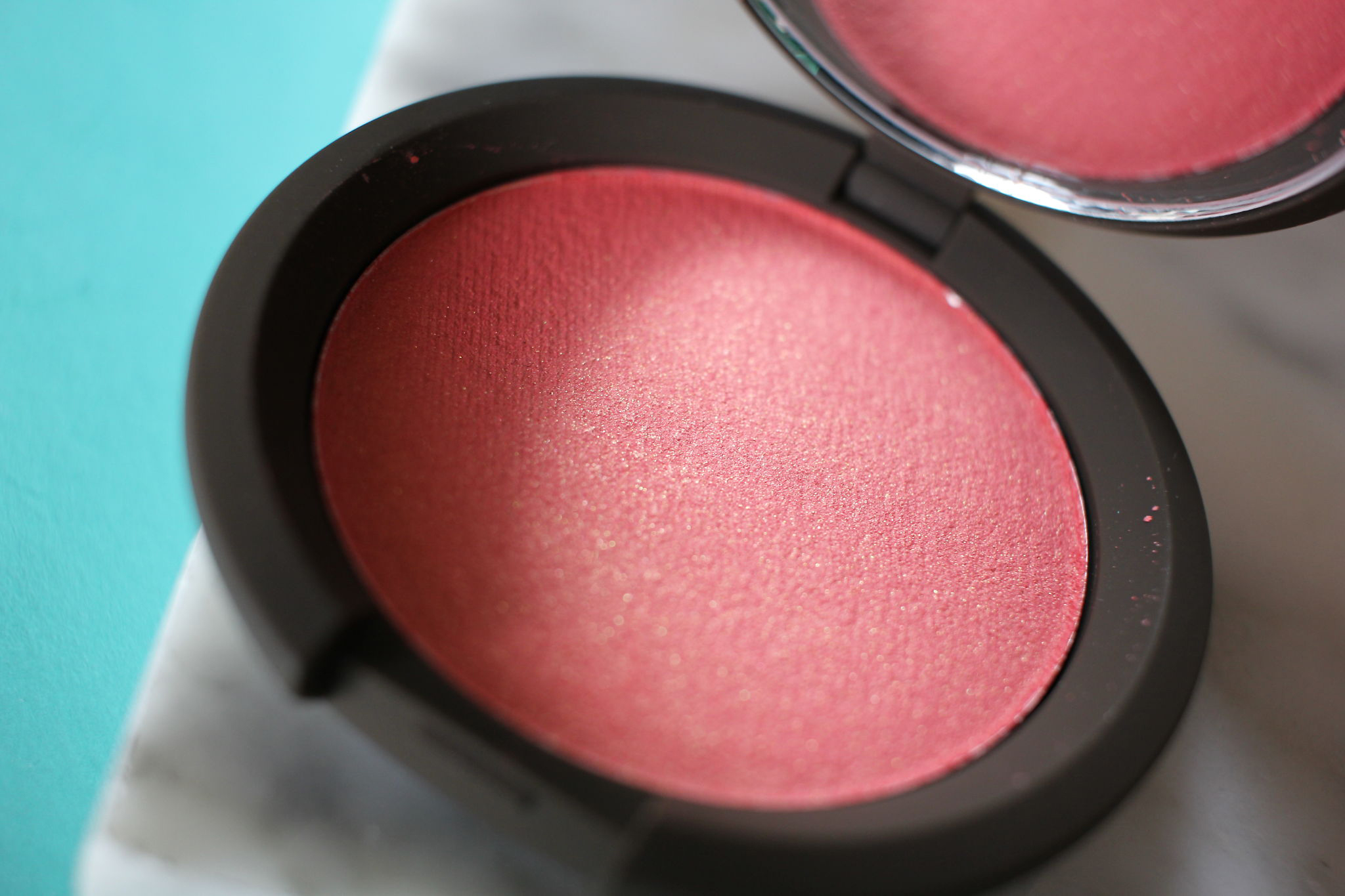 Becca Skin Perfector Luminous Blush picture