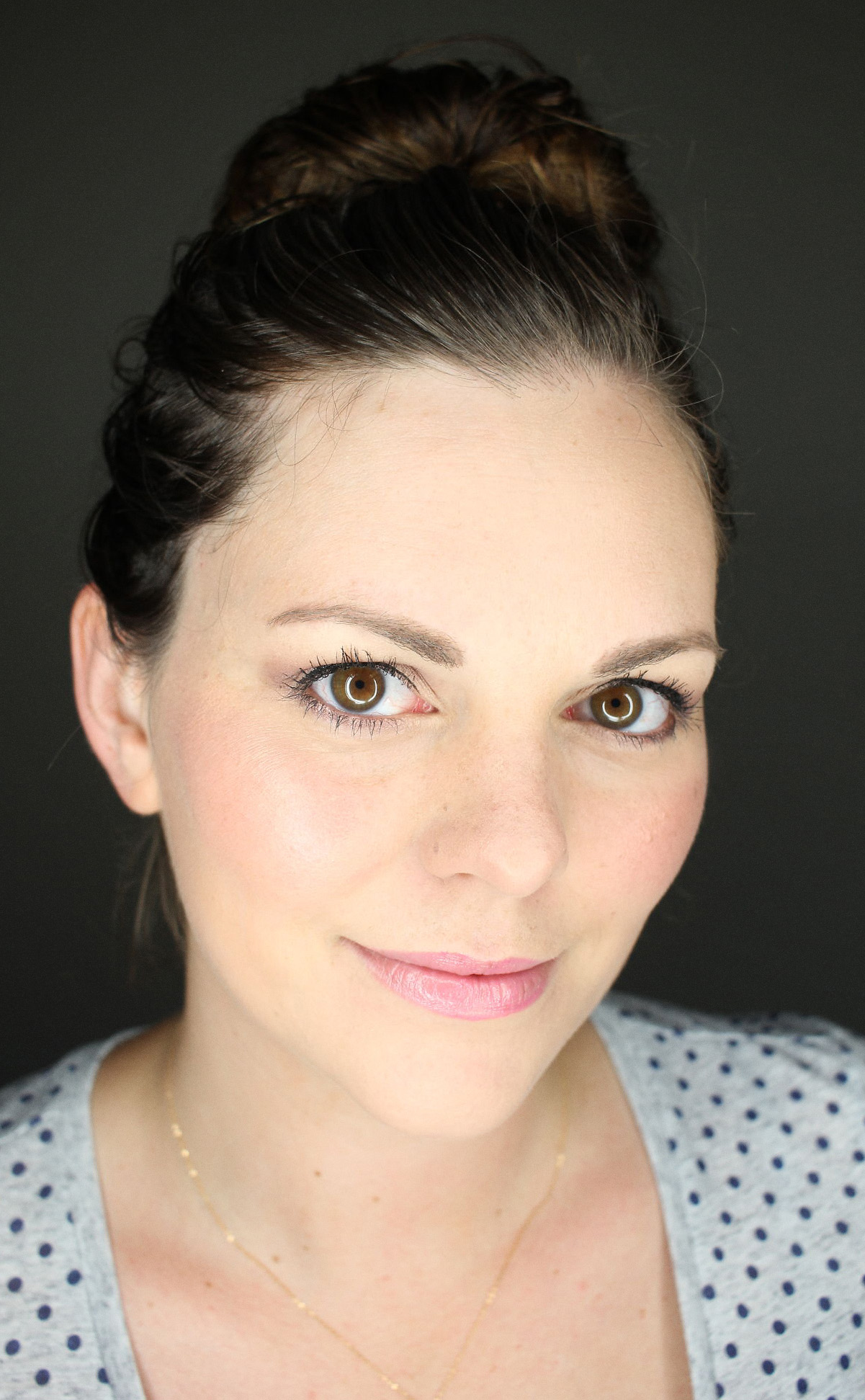 Laura Mercier Summer look