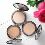 Cover FX The Perfect Light Highlighting Powder Review & Swatches