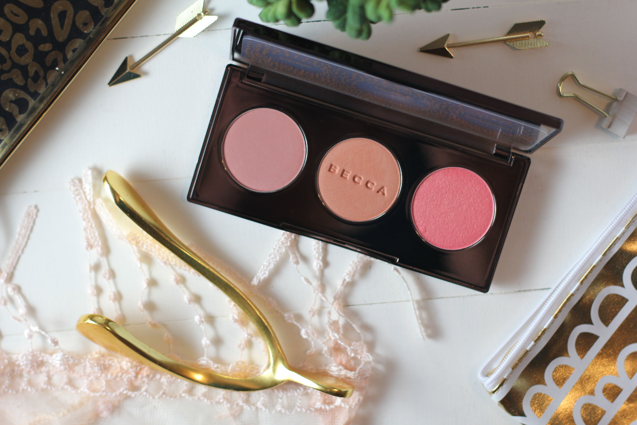 becca-blushed-with-light-palette-2