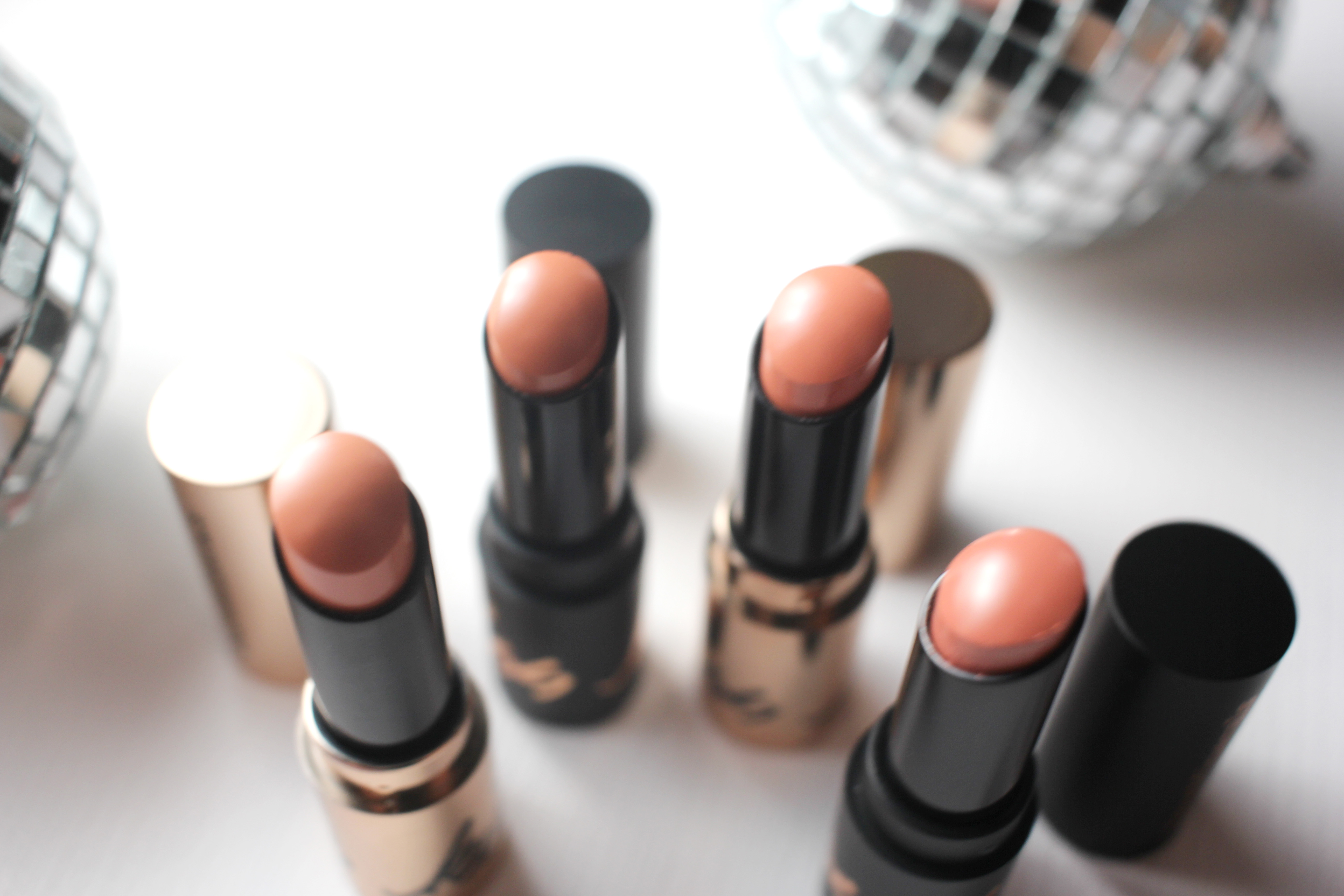bare-minerals-your-kiss-is-on-my-list-1