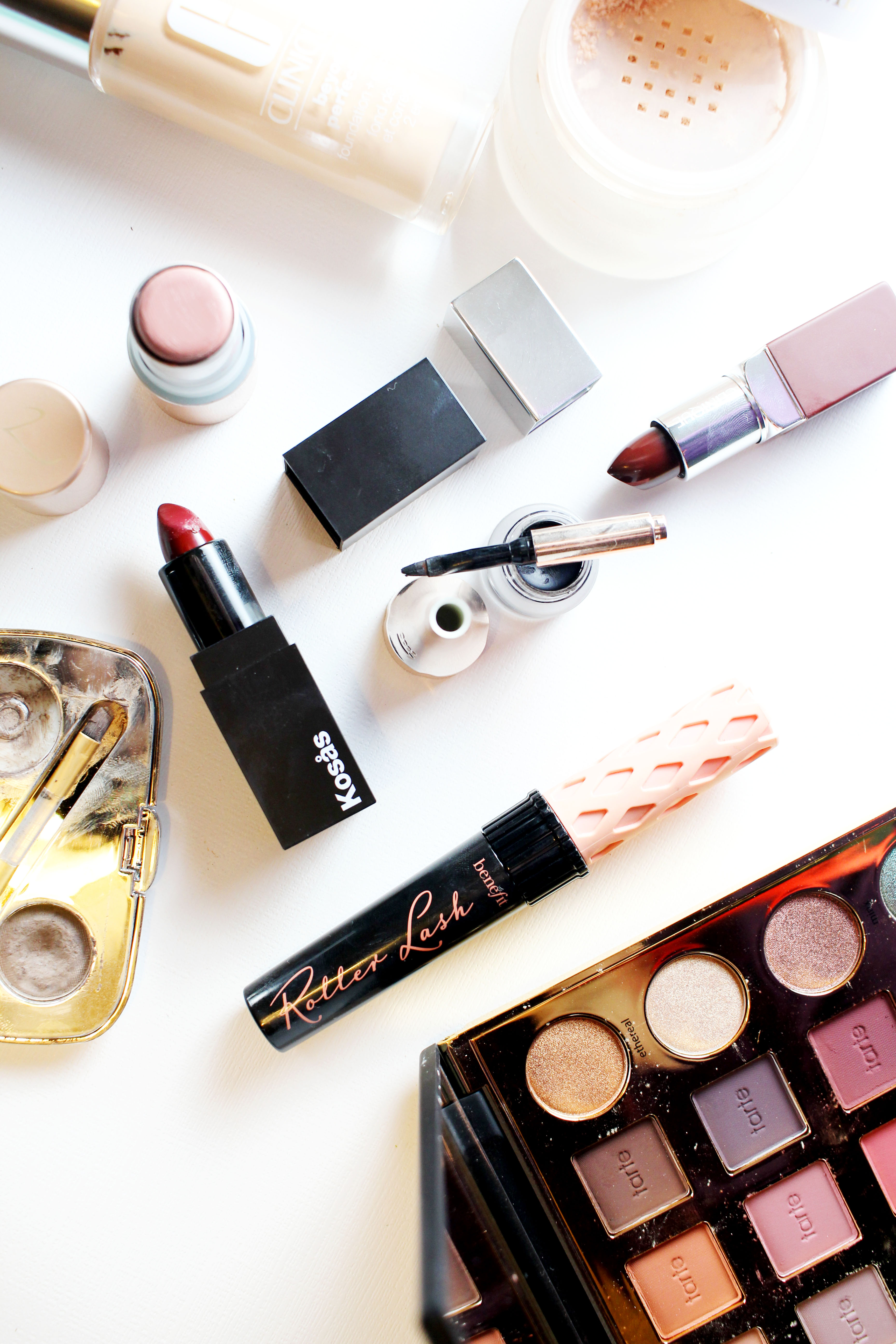 How to Make Dark Lipstick Wearable