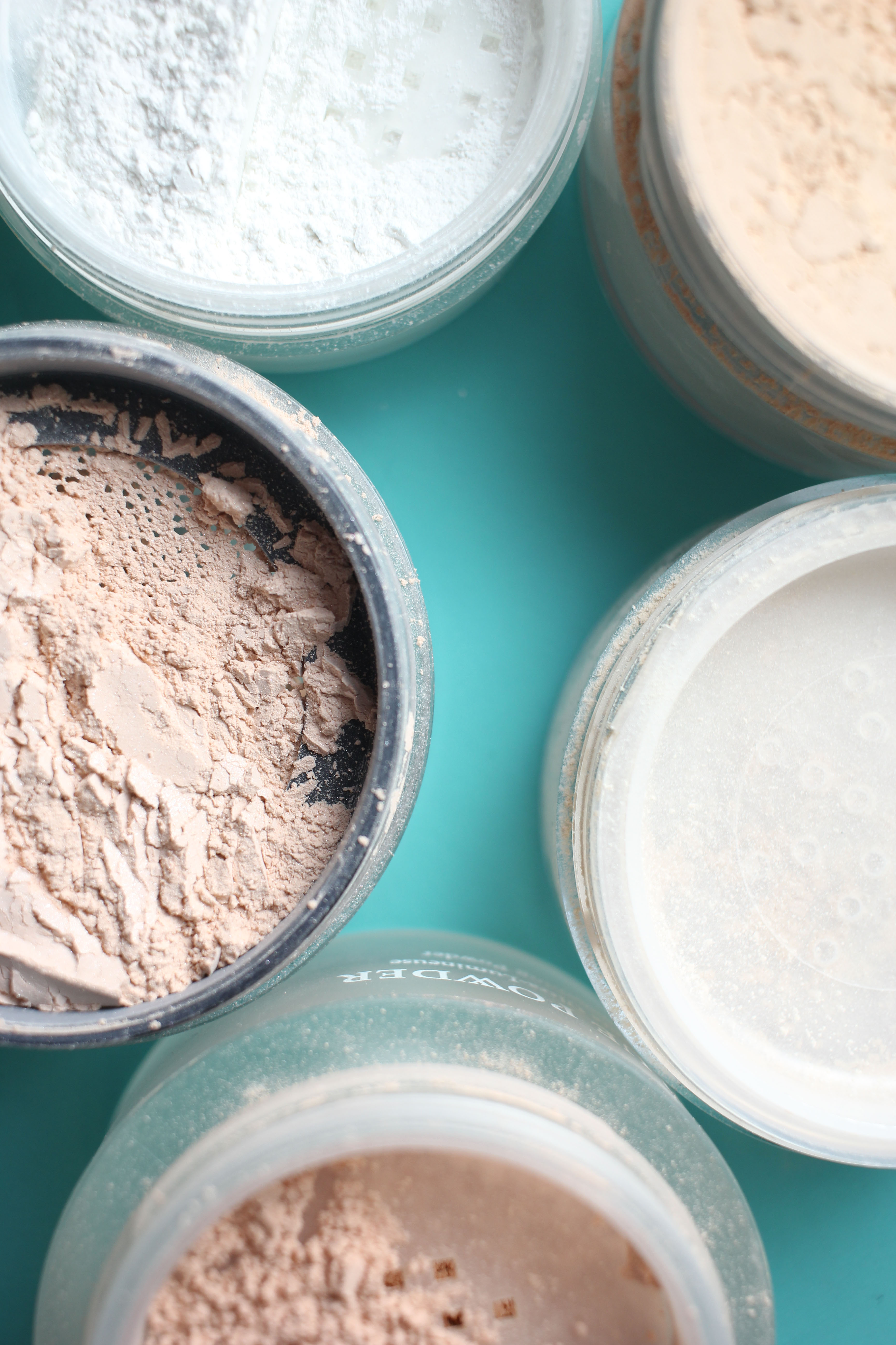 The Best Loose Setting Powders