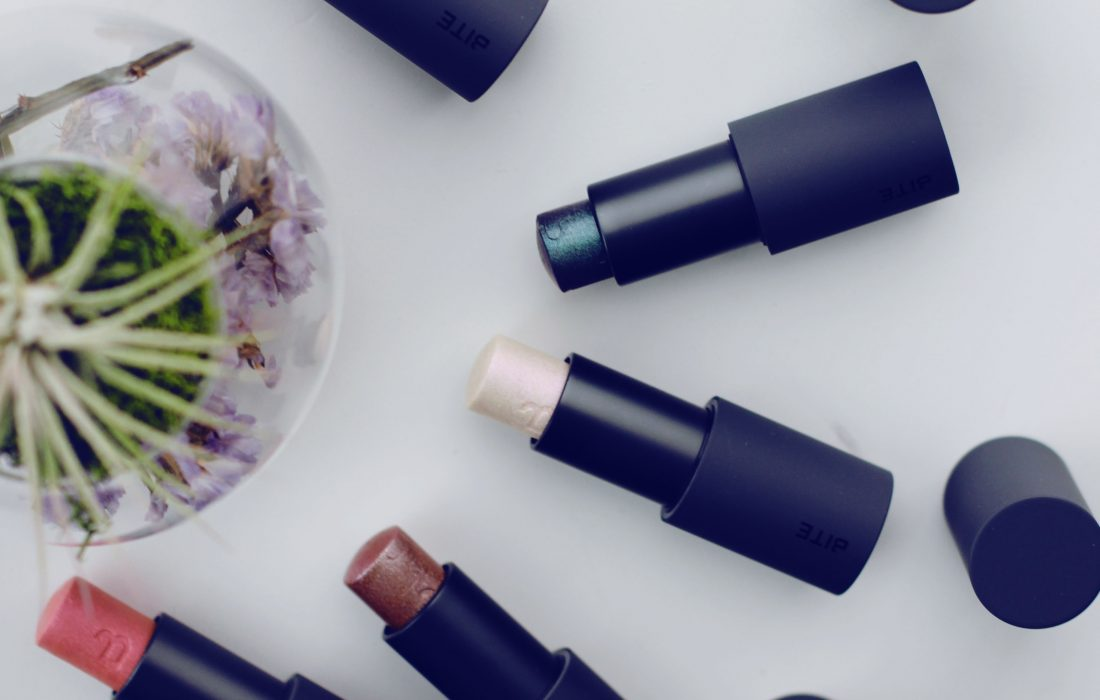 Bite Beauty Prismatic Pearl Multistick Review