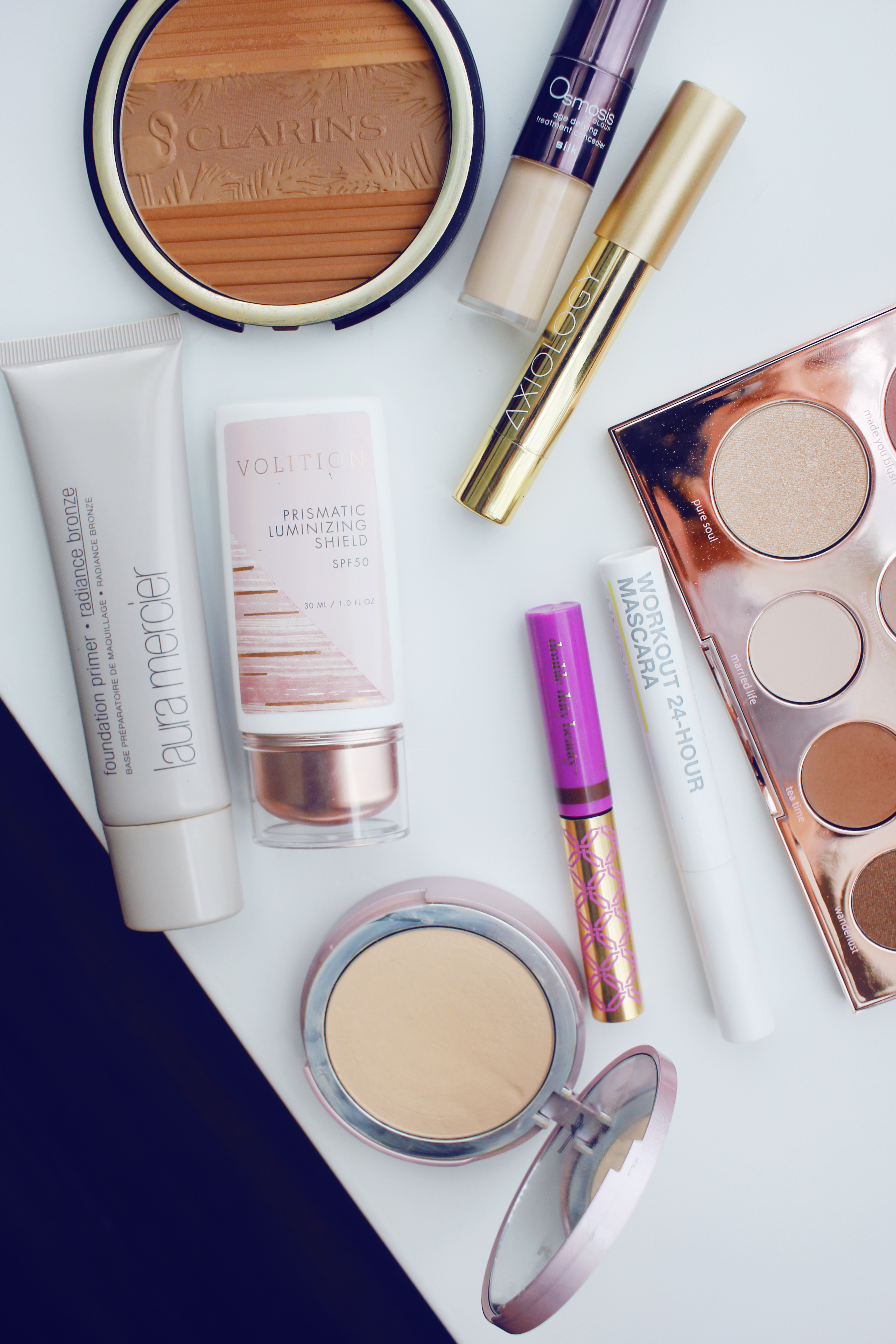 Low maintenance summer beauty bag