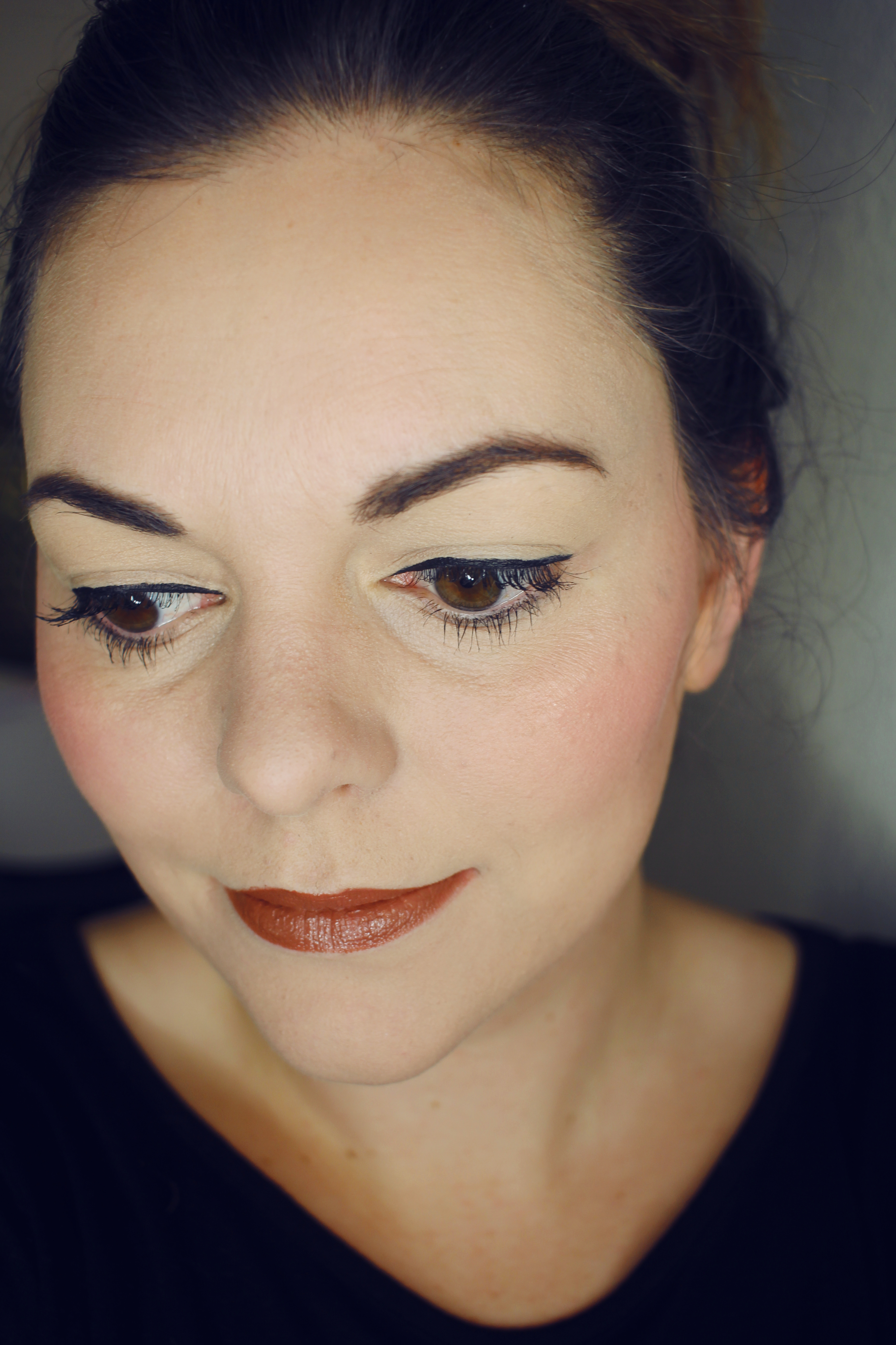 beautycounter precision eyeliner review, comparison of beautycounter to stila liquid liner